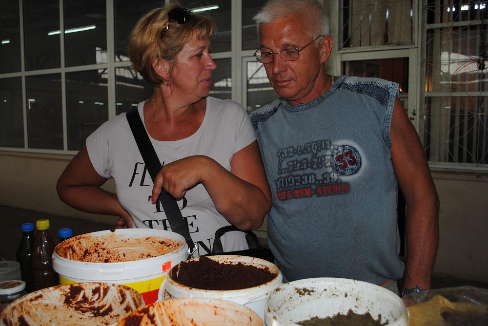 How to cook and how to eat Abkhaz adjika