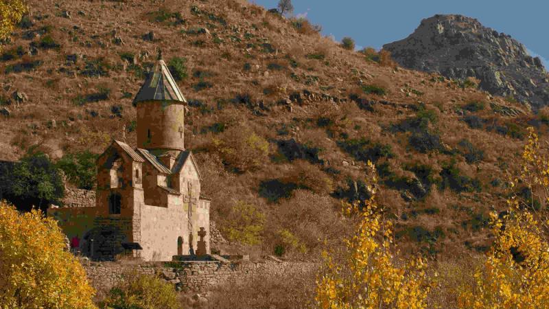 The Diaspora helps Armenia