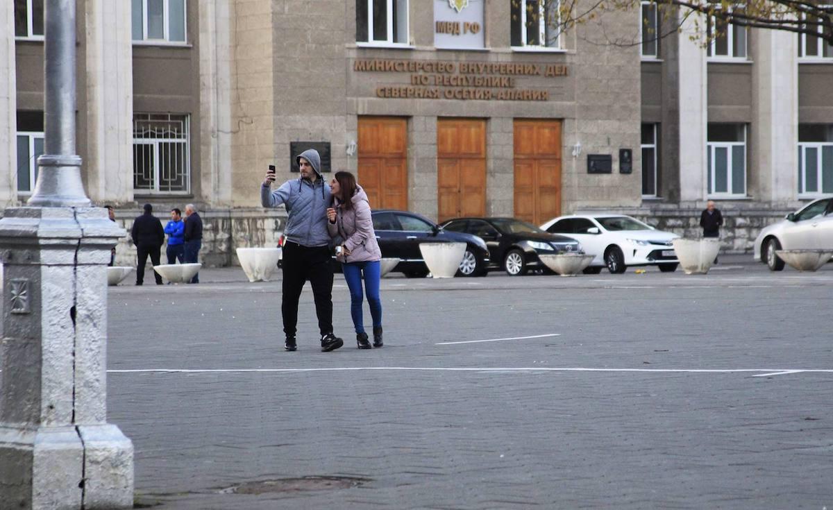 Туризм и торговля между Грузией и Северной Осетией. Владикавказ, апрель 2017, фото Тамара Агкацева, JAMnews