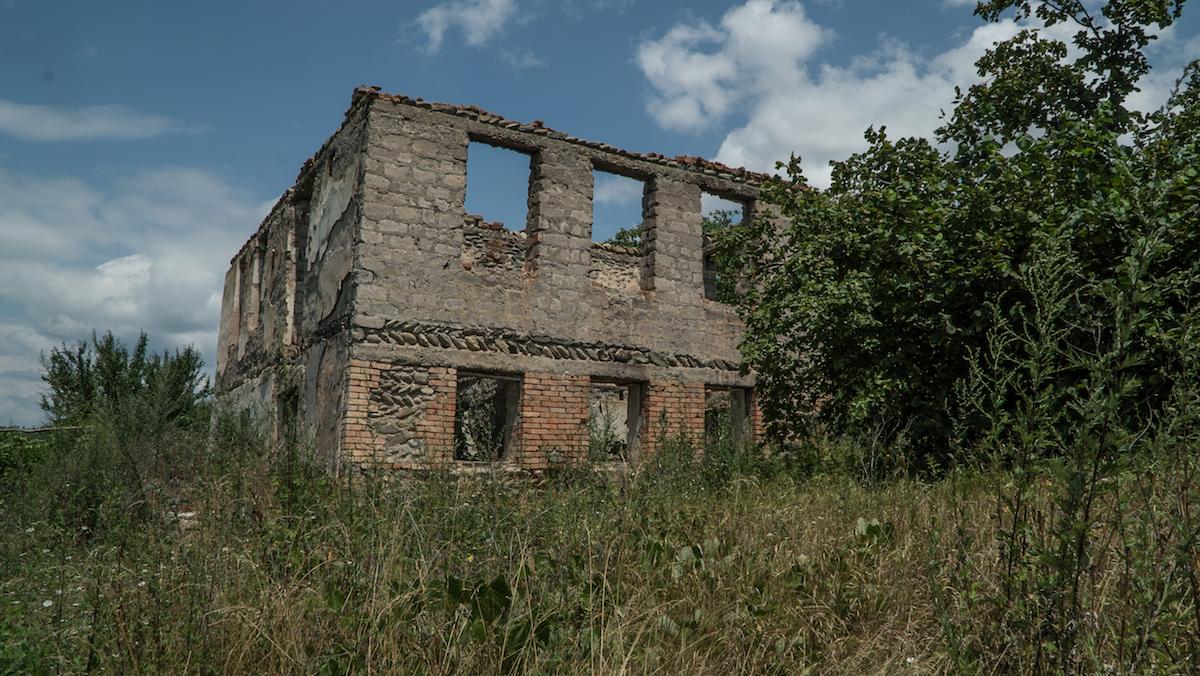 Старый дом. Жизнь в зоне грузино-осетинского конфликта