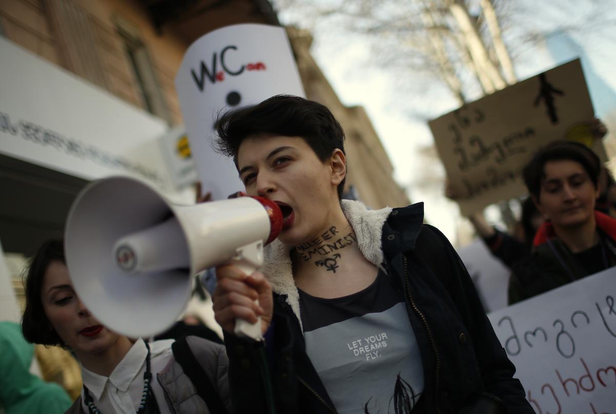 ვინ არიან ფემინისტები? სარვამარტო აქცია თბილისში