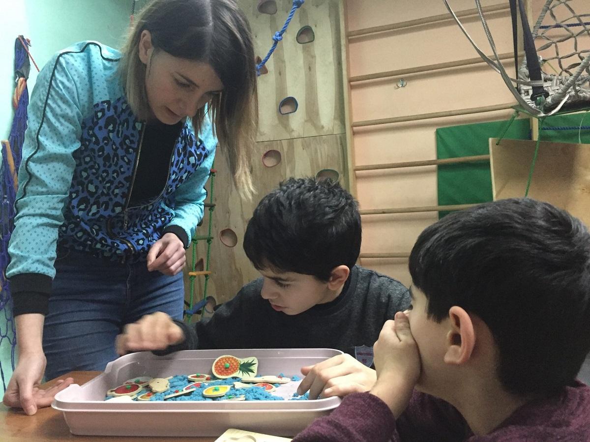 В Центре обучения и развития «Научи меня большему». Дети с аутизмом в Армении
