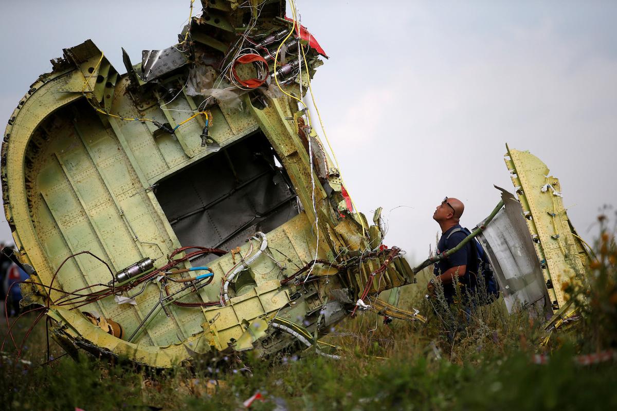 Ukraynada enən Boeing uçuşu MH17