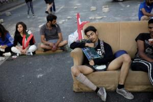 Массовые протесты начались в Ливане в октябре 2019 года, главное требование - борьба с коррупцией и реформирование всей властной системы.