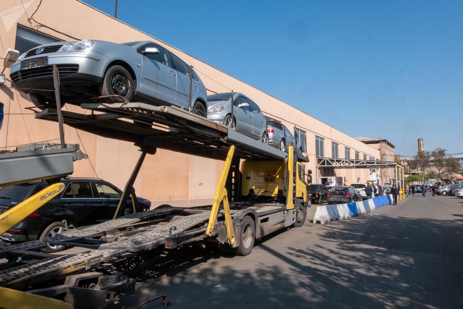 EAEU, customs clearance, customs, Yerevan, Gyumri, old cars, duties,