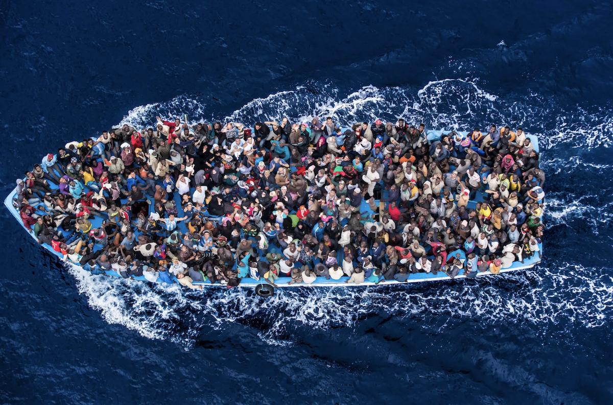 Мигранты рискуют всем ради новой жизни в Европе