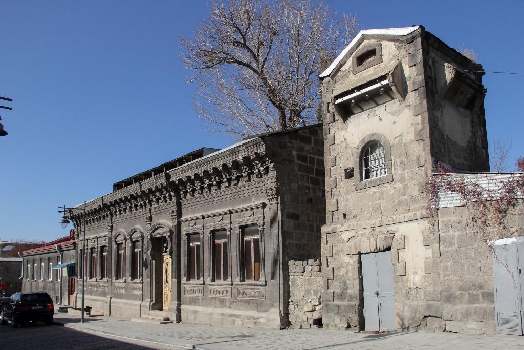 улица Руставели, реконструкция, Гюмри, второй город Армении, Ռուստավելիի փողոց, Գոյւմրի, վերանորոգում, վերականգնում
