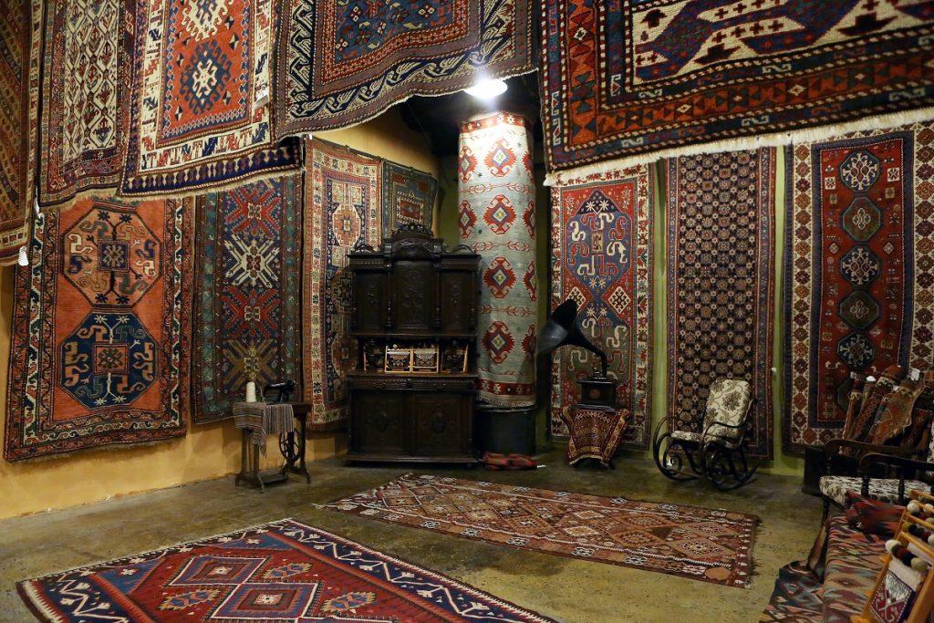 """xalça, """"Megeryan carpet"""", Nyu York, Meqeryan muzeyi, Meqeryan emalatxanası, xalçaçılıq, Մեգերյան կարպետ, գորգ, թանգարան, արտադրամաս, գորգագործություն,"""