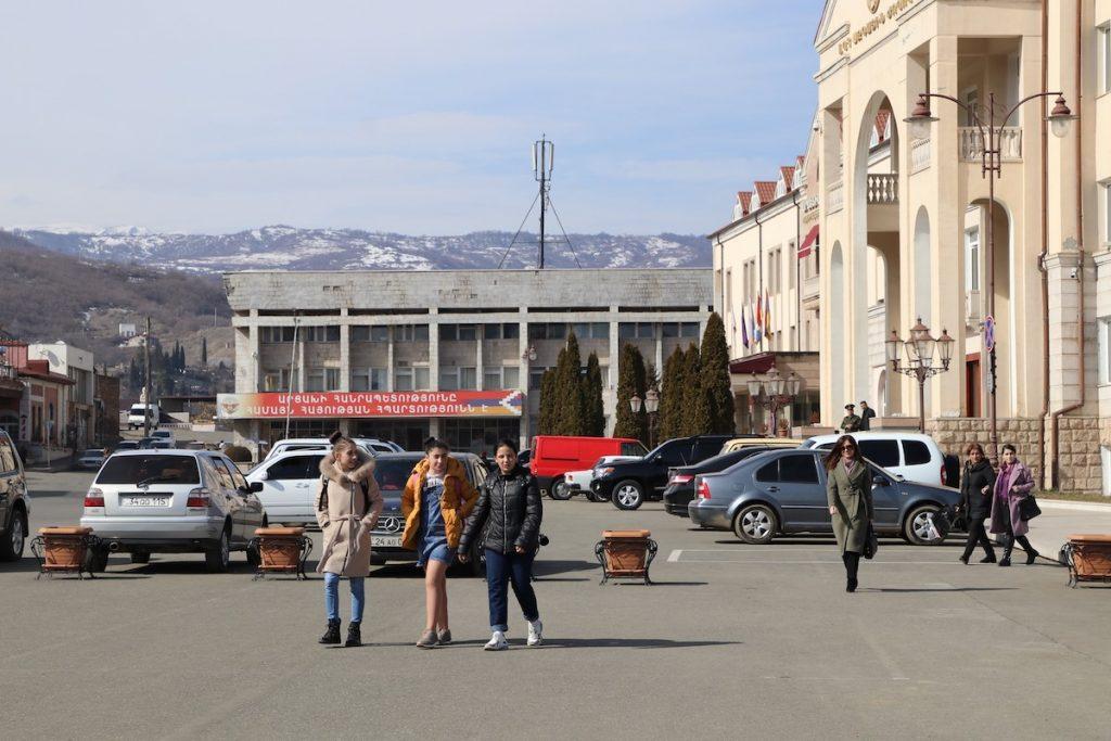koronavirus, siyasət, Qarabağ, prezident seçkilərinin ikinci turu, Stepanakert