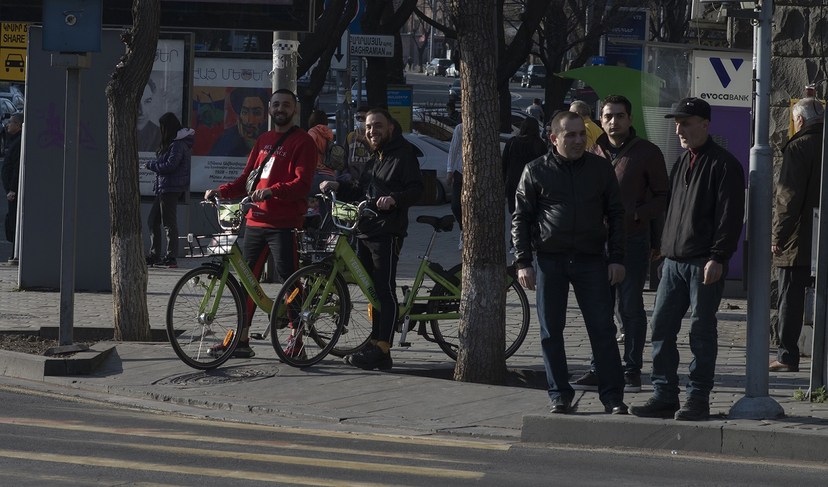 Armenia, coronavirus, spread of coronavirus, government, state of emergency, restrictions on journalists, editors, tv stations, Yerkir Media, Aravot