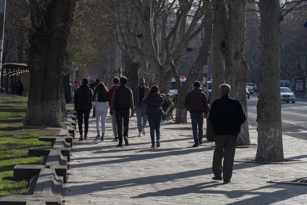 эпидемия коронавируса, социально уязвимые люди, помощь, Армения