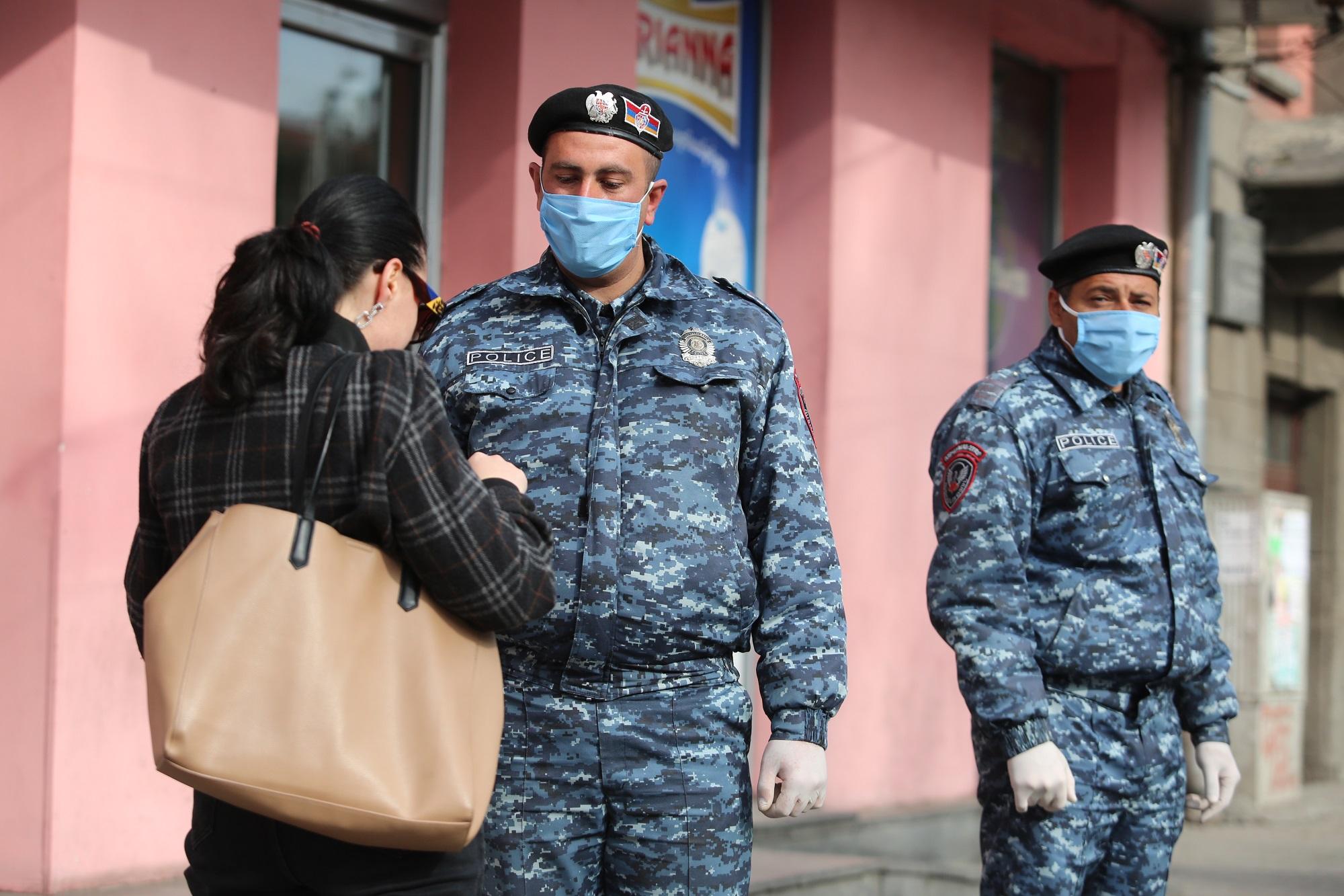 коронавирус, министр здравоохранения, Арсен Торосян, вспышка, пресс-конференция