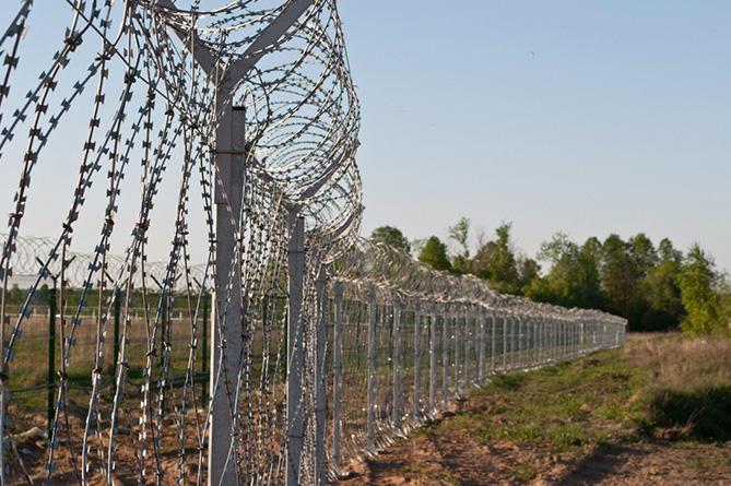 Ադրբեջան, Հայաստան, Արեգունի գյուղ, հայ–ադրբեջանական սահման, հայկական սահմանն ադրբեջանցի է հատել