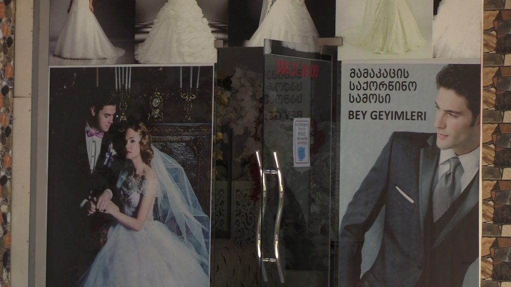 Ethnic Azerbaijanis in the Georgian region of Kvemo Kartli are asking the authorities to lift the ban on large weddings
