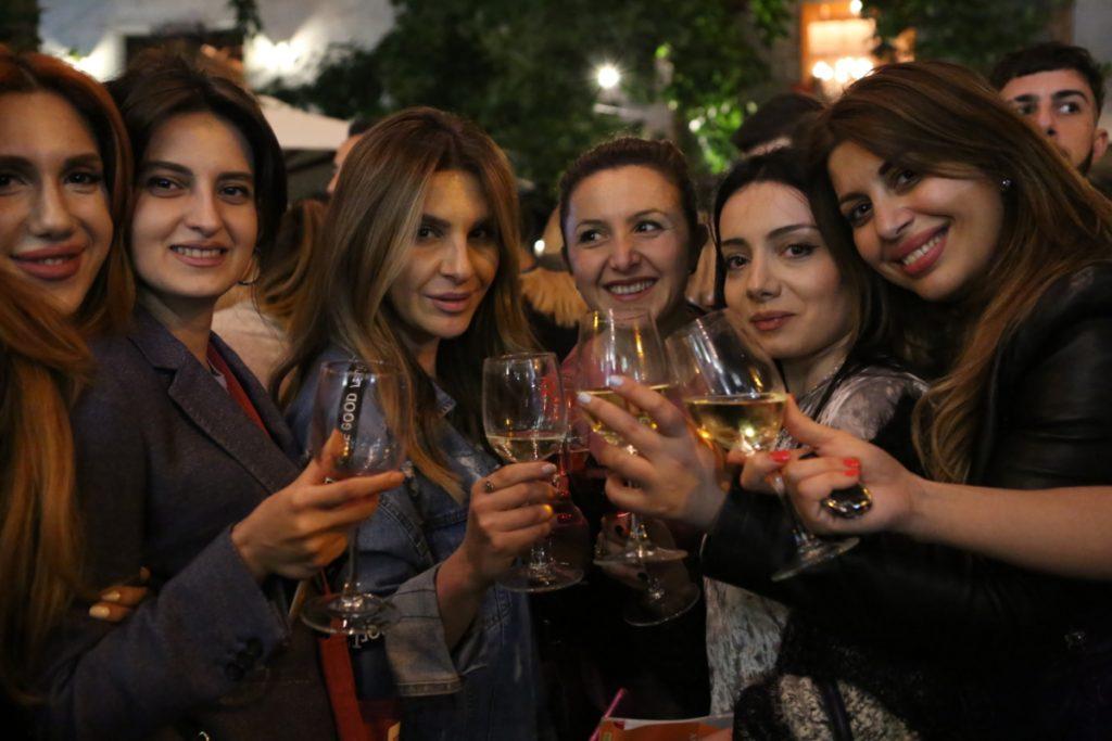 Армения, коронавирус, виноделие, виноградарство, пандемия, карантин, армянское вино, экспорт, Россия, правительство, помощь виноделам, помощь виноградарям, кризис,