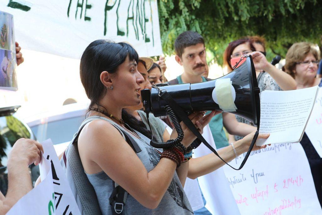 Амулсар, золотоносная гора, экологи, компания Lydian Armenia, Лидиан Армения, Джермук, Севан, река Арпа, река Воротан, правительство, Элард, ELARD, экологический протест, акции протеста, мирное неповиновение,
