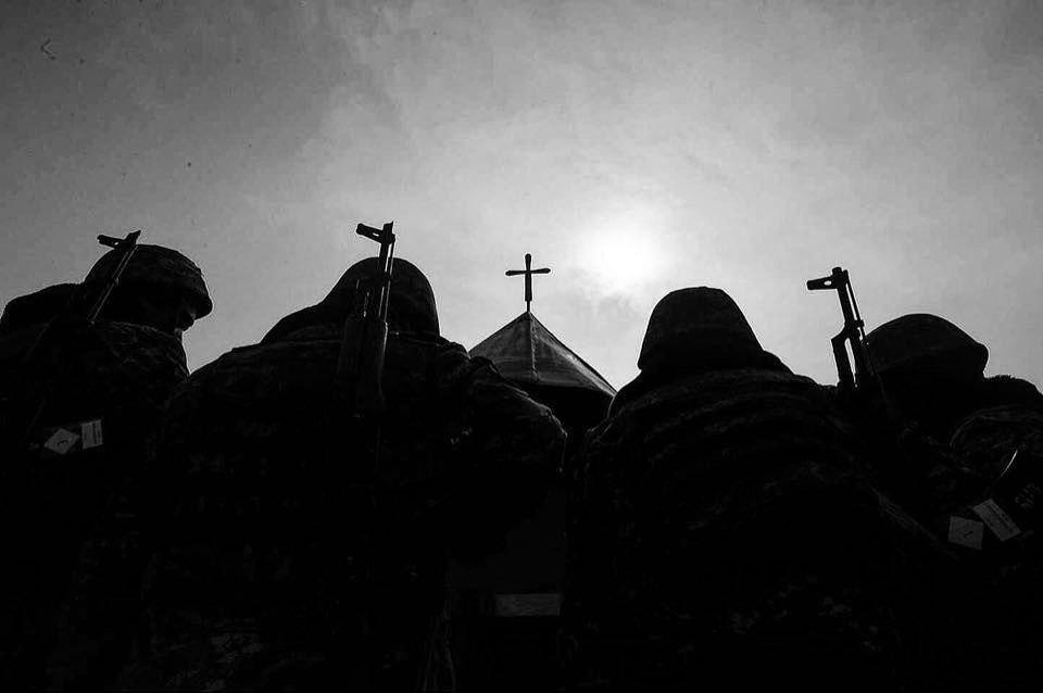 мнение из Еревана, почему сейчас начались военные действия в Карабахе, политолог Александр Искандарян, Армения, Азербайджан, Нагорный Карабах, боевые действия,