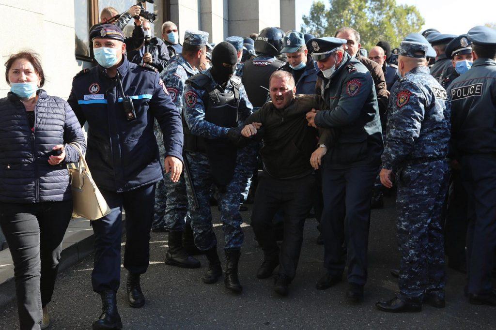 Армения, Ереван, акция протеста, митинг, отставка Никола Пашиняна, отставка премьера, аннулирования соглашения о прекращении огня в Карабахе,