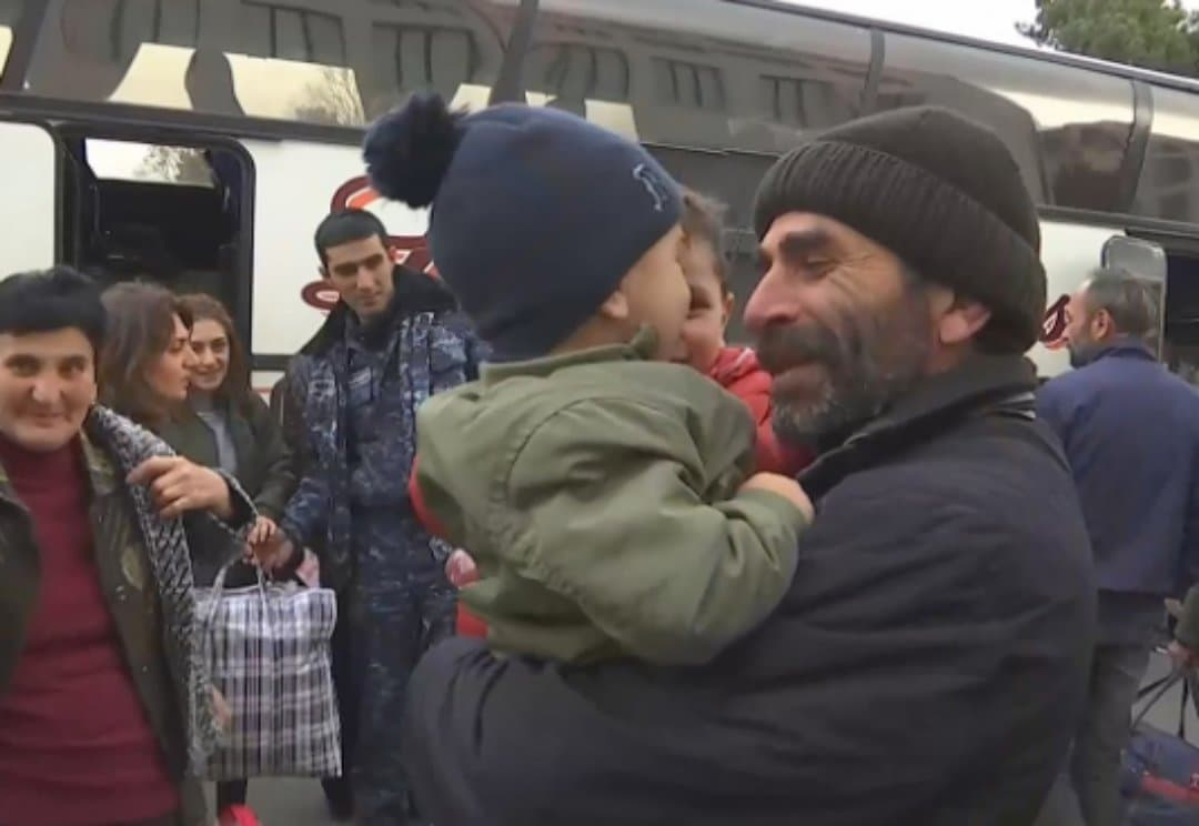 Степанакерт, беженцы, вынужденные переселенцы, Нагорный Карабах, Ереван, война в Карабахе, российские миротворцы, новости Армения,