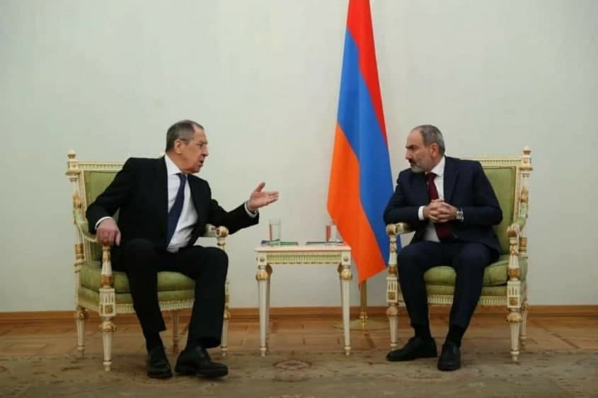 Flags conspicuously missing during visit of Russian FM in Yerevan and Baku