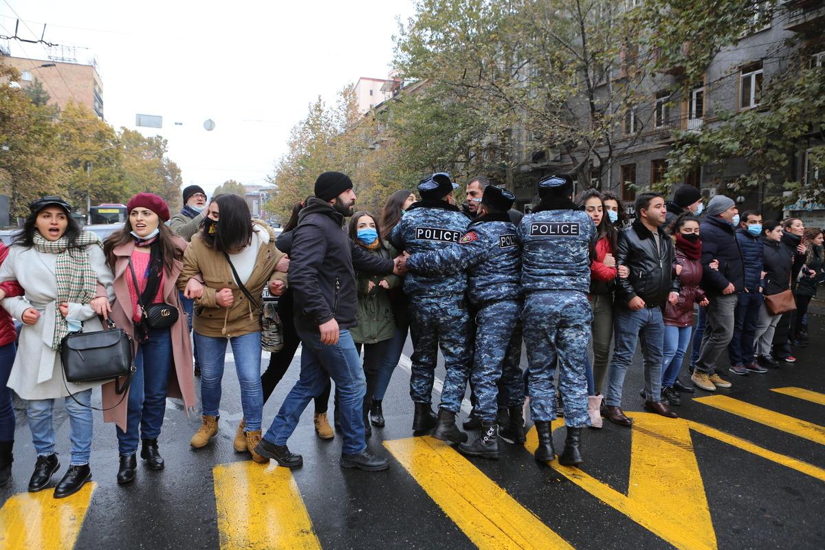 новости Армения, Никол Пашинян, Нагорный Карабах, отставка Пашинян, ультиматум, требование оппозиции, акции неповиновения по всей стране, Ереван, регионы,