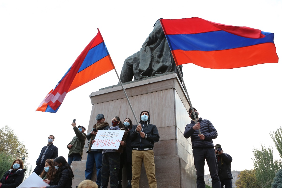 """candidate for the post of prime minister, opposition candidate, Pashinyan is not going to resign, 17 opposition parties, single candidate for the post of head of the transitional government, """"Enlightened Armenia"""", Edmon Marukyan, Vazgen Manukyan, Artur Vanetsyan, Armenia news,"""