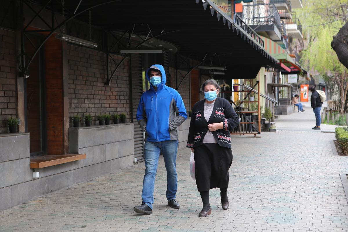 koronavirus, Ermənistanda karantin, Ermənistan xəbərlər, vaksinin alınması, koronavirusa qarşı vaksinasiya,