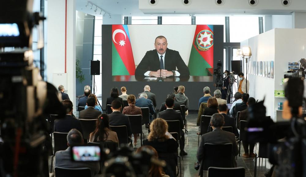 Ильхам Алиев ответил на вопросы журналистов