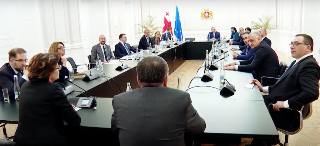 Кадр с встречи 1 марта, где возобновился диалог между властью и оппозицией Грузии