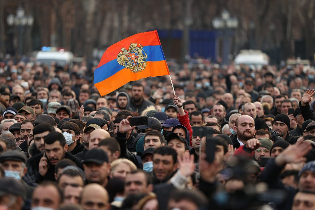 Early elections to be held in Armenia