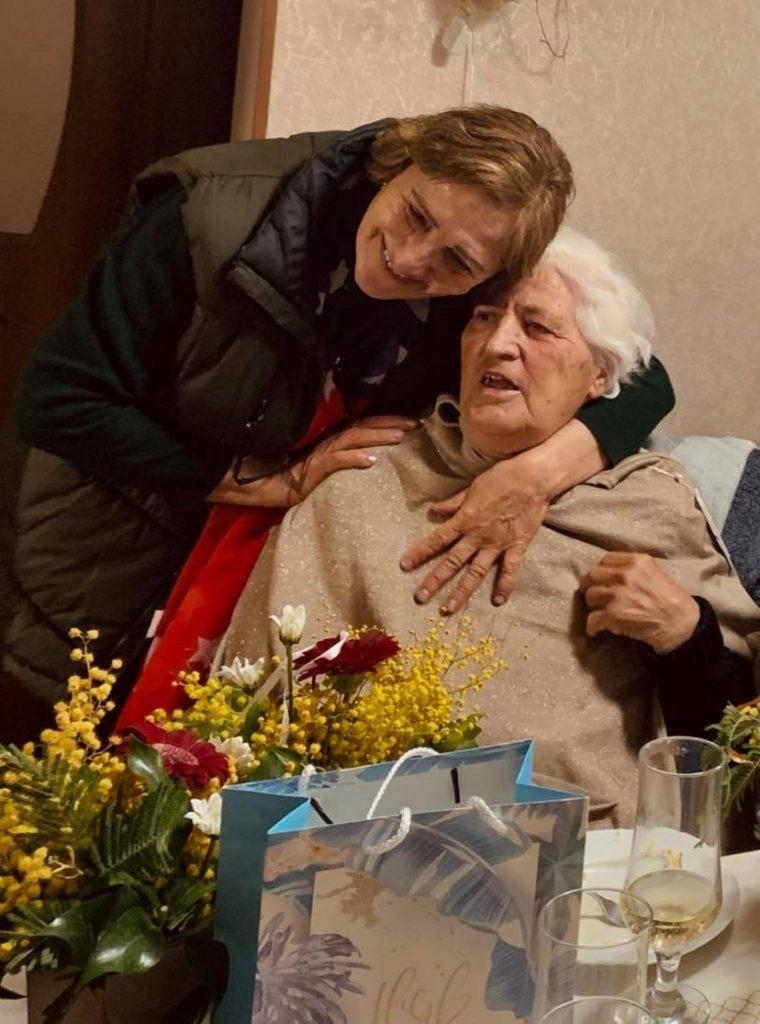 Люда Салия с жительницей приюта дома престарелых в Грузии, село Хурвалети, Горийский район