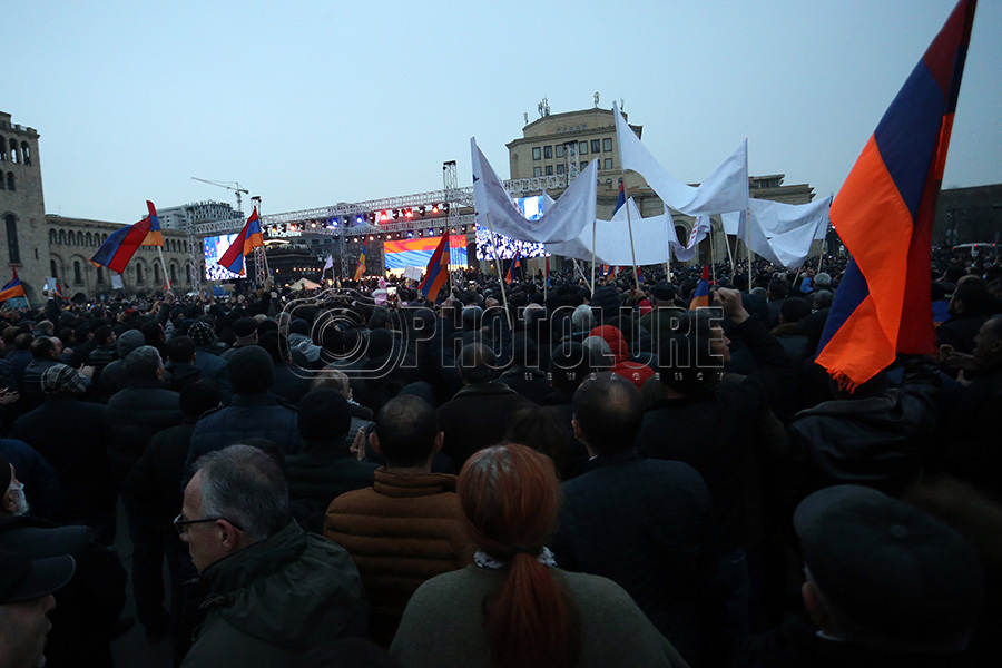 Rallies of the opposition and the authorities of Armenia