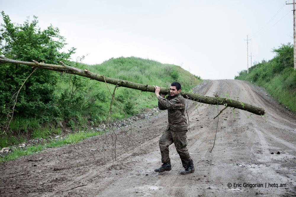 """Карабах, 30 апреля. Фото hetq.am.jpeg. Пять лет """"апрельской"""" войне в Карабахе"""