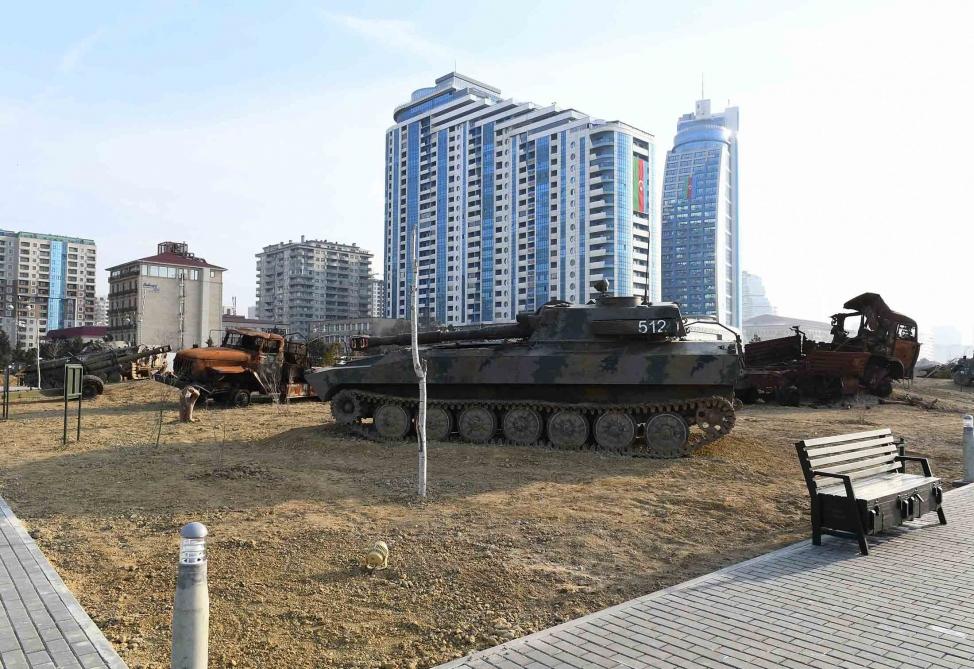 Парс военных трофеев в Баку