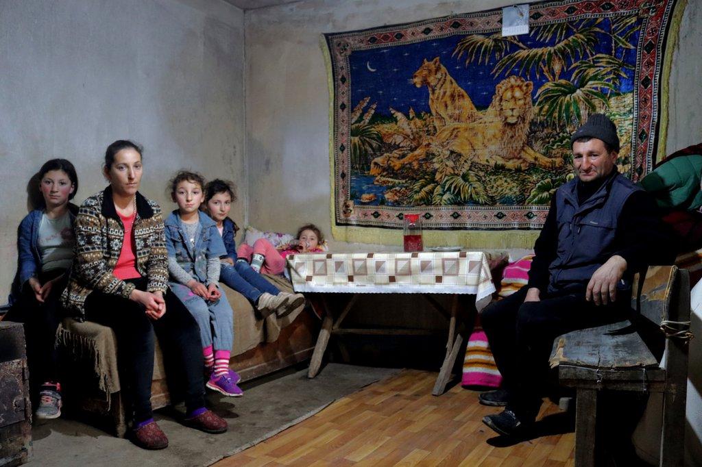ოთახი, რომელშიც არაქელიანების ოჯახი ცხოვრობს. . ფოტო: Meydan-TV