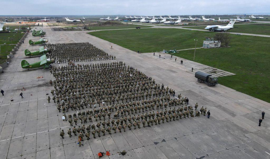 რუსეთის თავდაცვის მინისტრმა სერგეი შოუგუმ საჯაროდ გასცა ბრძანება, დაიწყოს ჯარების მუდმივი დისლოკაციის ადგილზე დაბრუნების პროცესი, რადგან მიზნები უკვე მიღწეულია
