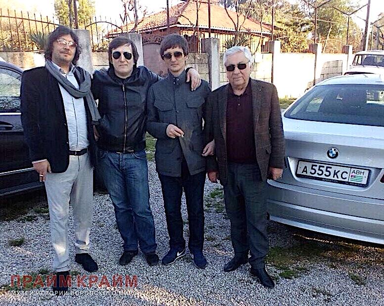 From left to right, thieves in law Temur Gvasalia (Makolya), Temur Akhuba (Dinrid) and the last in the row Valera Khashba. Kemal Ardzinba - second from the right