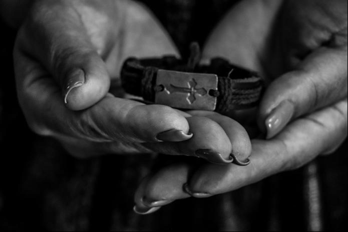 Տարոնի թևնոցն է, որը ռազմի դաշտում եղել էր թևին: 24 տարեկան Տարոնը Արցախի երկրորդ պատերազմի ժամանակ որպես կամավոր մեկնել էր Արցախ և զոհվել հակառակորդի ԱԹՍ-ի հարվածից։