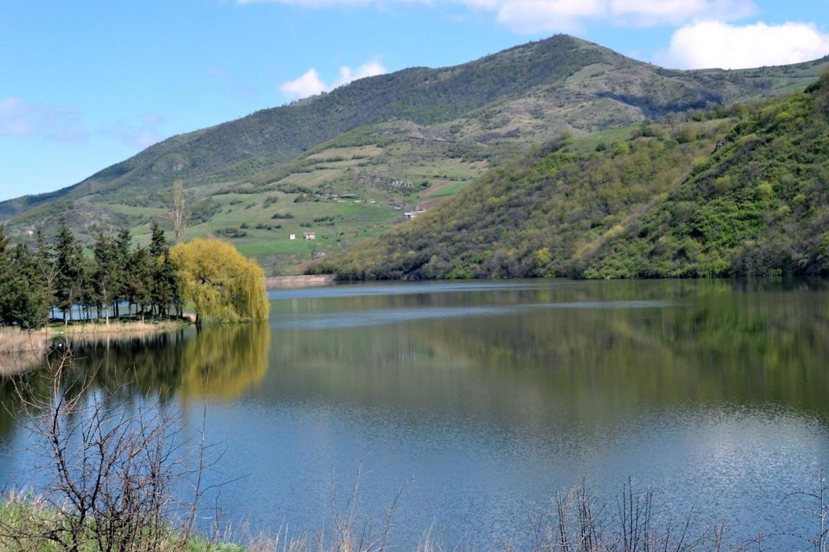 Tavuş və Artsvaberd kəndlərində su anbarları