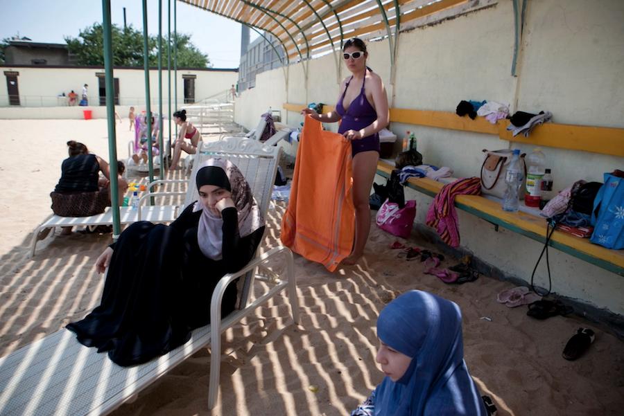 პლაჟი მაჰაჩყალაში, დაღესტანში. REUTERS/Maria Turchenkova