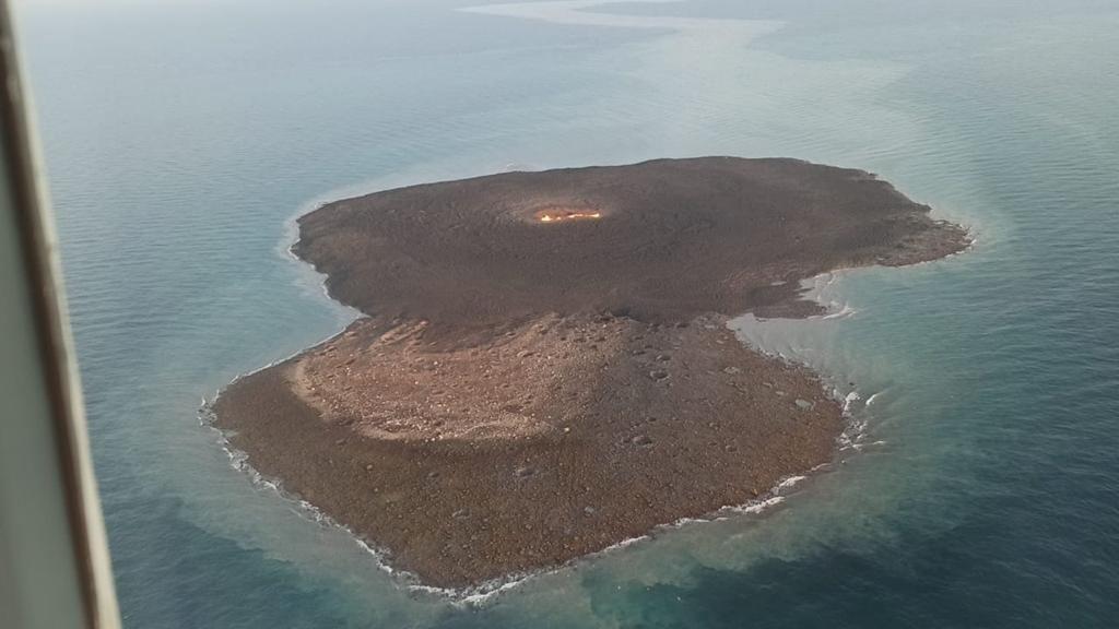 грязевой вулкан на Каспии