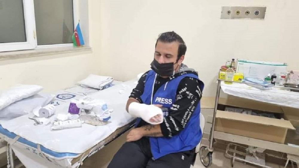В Баку избили оппозиционного журналиста