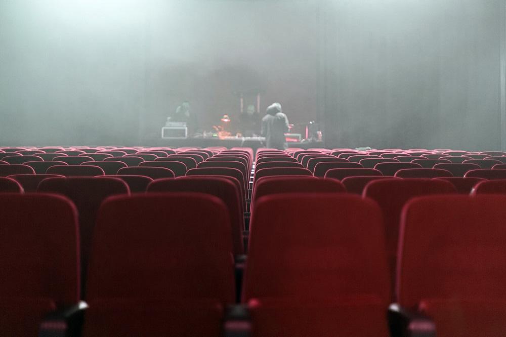 В Азербайджане могут возобновить работу театры