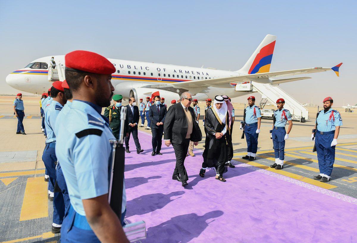 Սաուդյան Արաբիա է մեկնել Հայաստանի նախագահ Արմեն Սարգսյանը